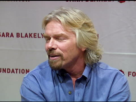 vídeos de stock, filmes e b-roll de sir richard branson on sara blakely's employees feeling good about the good they are doing and similarly with virgin employees at the sara blakely... - sara blakely