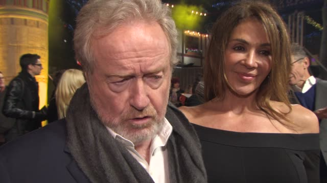 sir ridley scott at 'exodus gods and kings' premiere at odeon leicester square on december 03 2014 in london england - odeon leicester square stock videos and b-roll footage