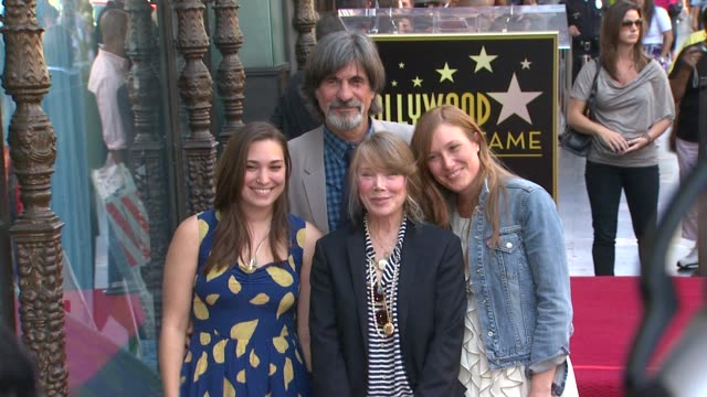 sissy spacek and schuyler fisk at the sissy spacek to be honored with star on the hollywood walk of fame at hollywood ca. - sissy spacek stock videos & royalty-free footage