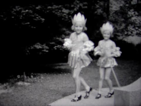1936 sisters back yard dance routine