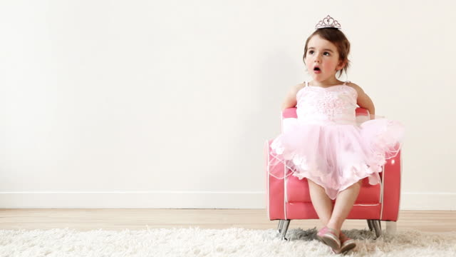 Sitting Princess