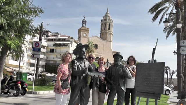 situated on the shore of the mediterranean sea the spanish town of sitges is a popular tourist spot with stunning beaches and lively night spots... - religiöse stätte stock-videos und b-roll-filmmaterial