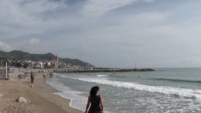 situated on the shore of the mediterranean sea the spanish town of sitges is a popular tourist venue with stunning beaches and lively night spots it... - religiöse stätte stock-videos und b-roll-filmmaterial