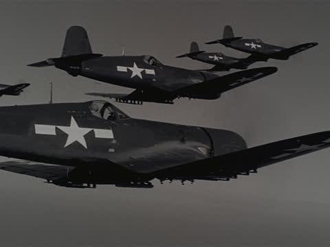 vídeos y material grabado en eventos de stock de six f-4u corsair airplanes fly through the air. - guerra