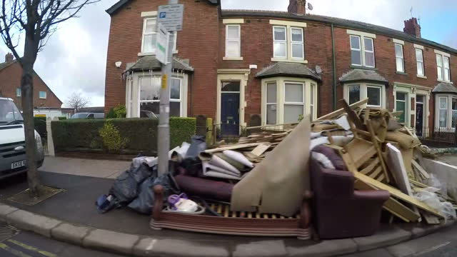 six thousand homes in ireland have been left without power as storm eva brings high winds and rain worst affected are county cork and county wicklow... - cumbria stock-videos und b-roll-filmmaterial