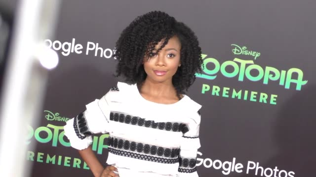 vidéos et rushes de skai jackson at the zootopia premiere at el capitan theatre in hollywood at celebrity sightings in los angeles on february 17 2016 in los angeles... - cinéma el capitan