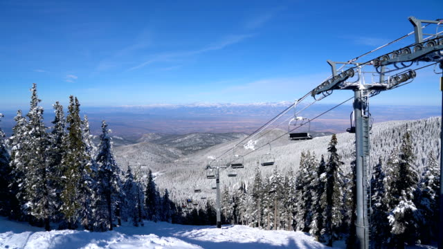 ski lift summit view of santa fe mountain perfect afternoon sunshine in new mexico - santa fe new mexico stock videos & royalty-free footage