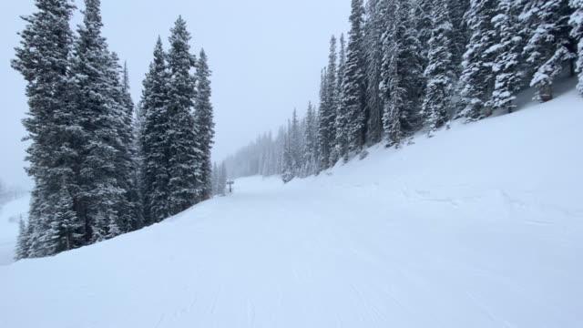 ski resort telluride colorado - inquadratura dalla sciovia video stock e b–roll