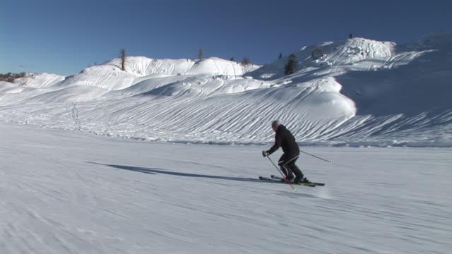 HD: Skiing Downhill