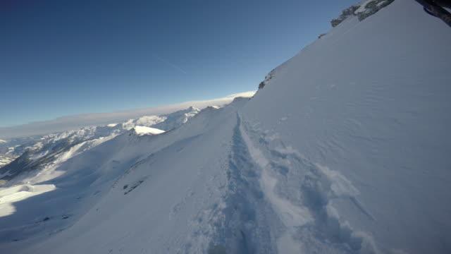 skiing in hochfuegen ski resort in zillertal, austria. - 北チロル点の映像素材/bロール
