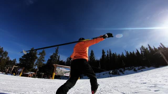 skiing - freistil skifahren stock-videos und b-roll-filmmaterial
