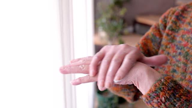 vídeos y material grabado en eventos de stock de cuidado de la piel  - cuidado del cuerpo