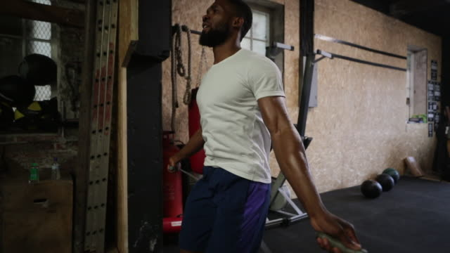 skipping at a fitness gym - jump rope stock videos & royalty-free footage