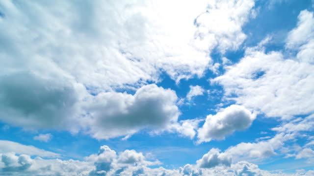 sky and moving clouds - attività fisica video stock e b–roll