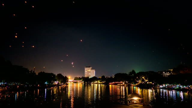 sky lantern loi krathong and yi peng traditional festival, chiang mai province, thailand. timel-lapse video - paper lantern stock videos and b-roll footage