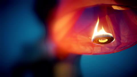 vidéos et rushes de lanternes de ciel. - lanterne