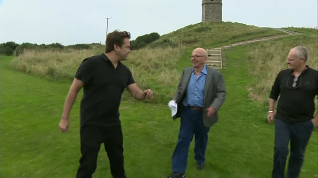 sky takeover by 21st century fox r13091406 1392014 aberdeenshire ext rupert murdoch along with others after visiting monument - rupert murdoch stock videos and b-roll footage