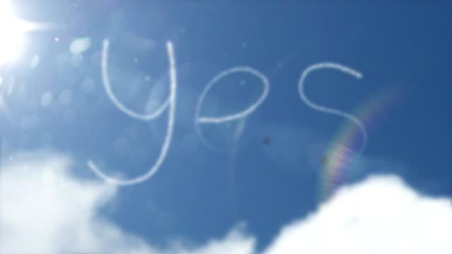 Sky Writing Smoke Trail - Yes (Full HD)