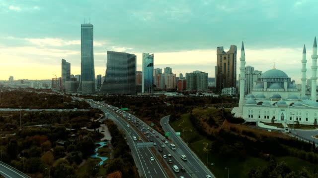 stockvideo's en b-roll-footage met skycrapers bij zonsopgang (istanbul) 4k - istanboel