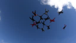 Skydivers big group formation