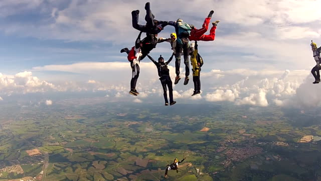 skydiving group formation - failure stock videos & royalty-free footage