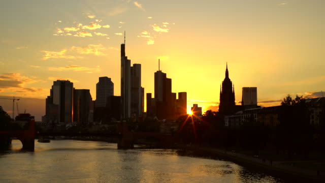 skyline frankfurt at sunset - famous place stock videos & royalty-free footage