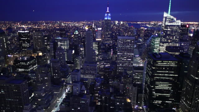 WS HA Skyline illuminated at night / Manhattan, New York, USA