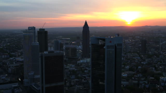 T/L Skyline Of Frankfurt Am Main At Sunset