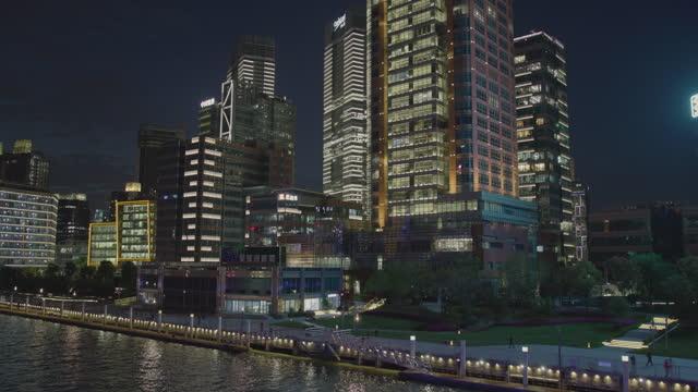 skyline of shanghai at night - light trail stock videos & royalty-free footage