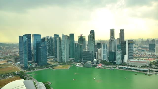 skyline of singapore building time lapse - singapore river stock videos & royalty-free footage