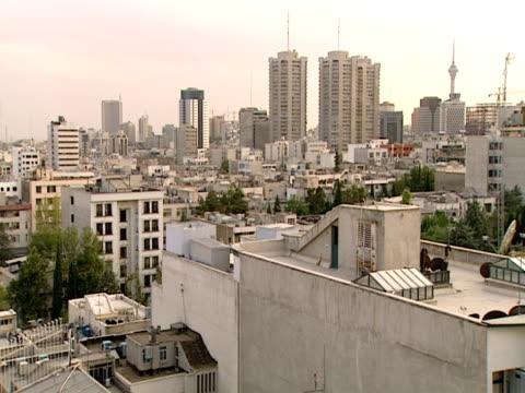ha skyline of the city overlooking rooftops / tehran, tehran, iran - letterbox format stock videos & royalty-free footage