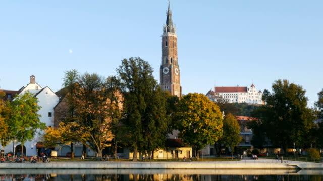 vidéos et rushes de vue panoramique de la vieille ville de landshut (4 k uhd à haute définition /) - belgique