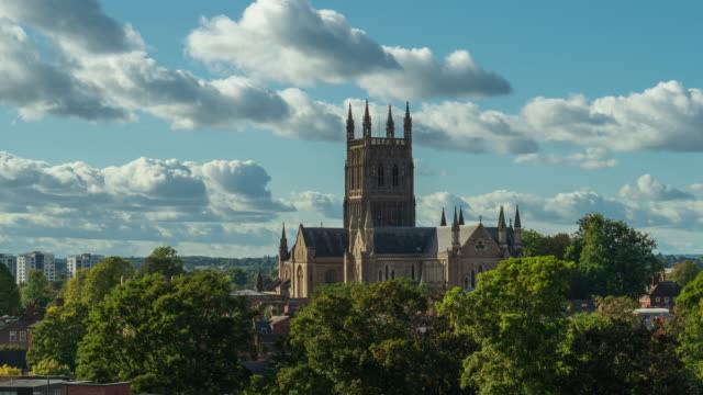 skyline of worcester and cathedral in worcestershire, uk - 4k time-lapse - basilica stock videos & royalty-free footage