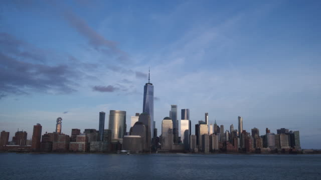nyc skyline time lapse dusk to night 2020 - world trade center manhattan stock videos & royalty-free footage