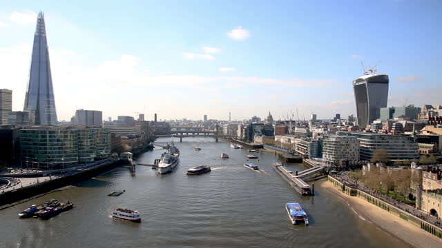 t/l skyline view along the river thames with the shard and the walkie talkie - tower of london stock videos & royalty-free footage