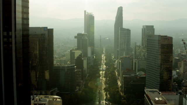 stockvideo's en b-roll-footage met skyscrapers tower over paseo de la reforma - mexico stad