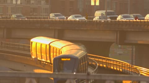 skytrain in vancouver at sunset time - elevated train stock videos & royalty-free footage