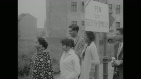 vidéos et rushes de of slab wall - 1961