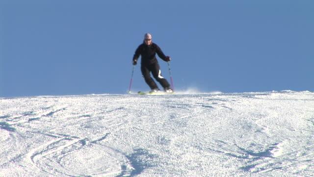 hd: slalom technique - slalom skiing stock videos & royalty-free footage
