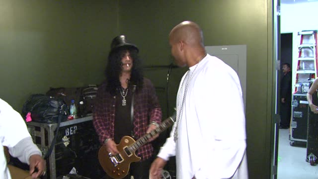 Slash and Warren G at the 5th Annual Black Eyed Peas Peapod Foundation Benefit Concert at Los Angeles CA