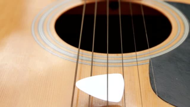 sliding view on an guitar - chitarra video stock e b–roll