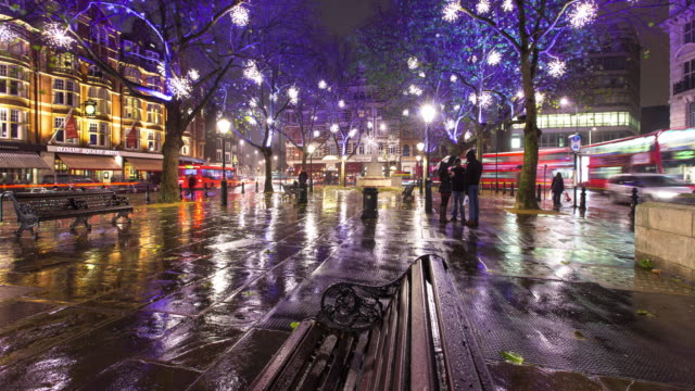 sloane square at night - time lapse - rain stock videos & royalty-free footage