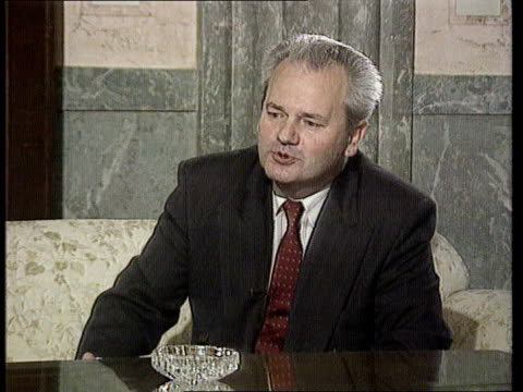 slobodan milosevic interview; itn yugoslavia: serbia: belgrade slobodan milosevic shakes rado r-l to bv cms slobodan milosevic intvwd sof - we want... - slobodan milosevic stock-videos und b-roll-filmmaterial