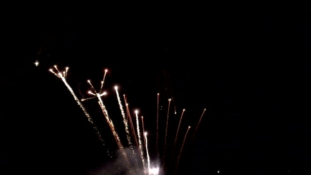 slo-mo fireworks - firework explosive material stock videos & royalty-free footage