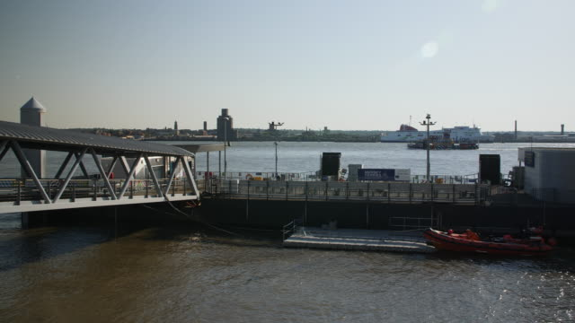 slomo mersey ferry sails river mersey, liverpool - mersey ferry stock videos & royalty-free footage