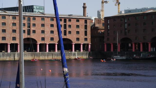 slomo pan right royal albert dock, liverpool - docks stock videos & royalty-free footage
