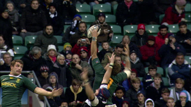 slomo replay of south africa's juan smith winning a barbarian lineout barbarians v springboks 4th december 2010 available in hd - lineout stock videos and b-roll footage