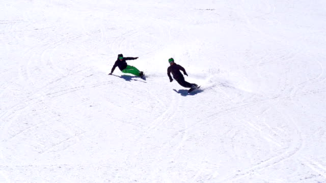 HD: Slo-Mo, Zoom, Two Snowboarders Extreme Carving