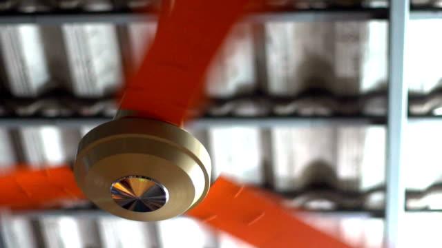 vídeos de stock, filmes e b-roll de retardar a fiação do ventilador de teto - ventilador de teto