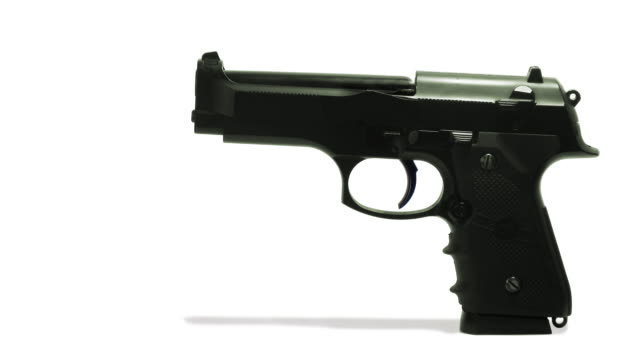 zeitlupe bullet - sportschießen stock-videos und b-roll-filmmaterial